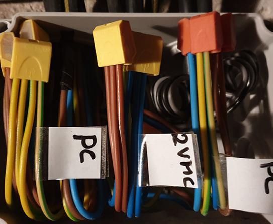 photo de câbles électriques